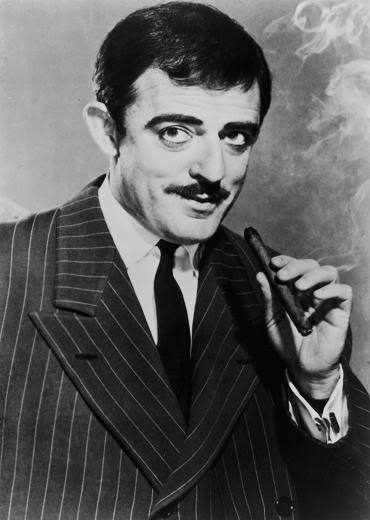 Gomez-Addams-1964-addams-family-13472678-370-520.jpg